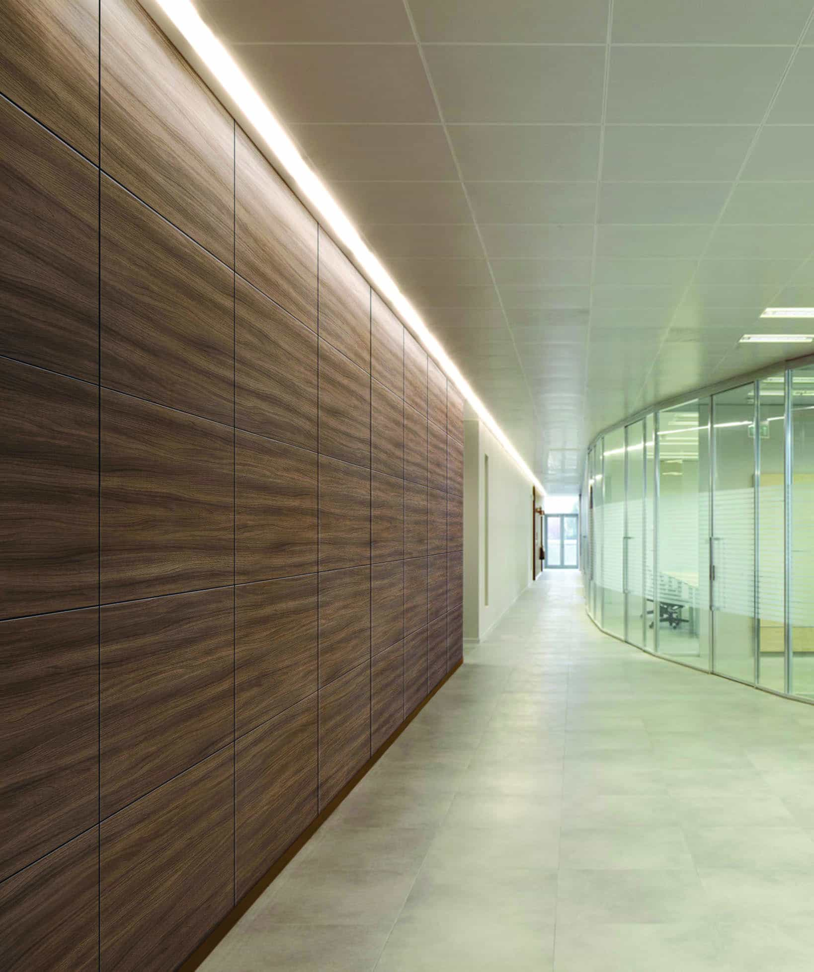 Corridor wall in wood textured vinyl